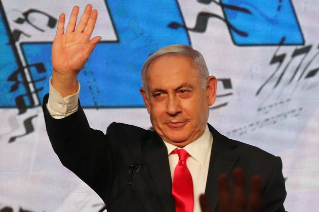 Israeli President Rowan Rivlin has invited Netanyahu to form a government