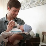 Childbirth in Spain Father will leave for 4 months