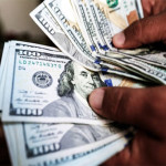 Interbank traded up $ 23 paise, trading at $ 158.70