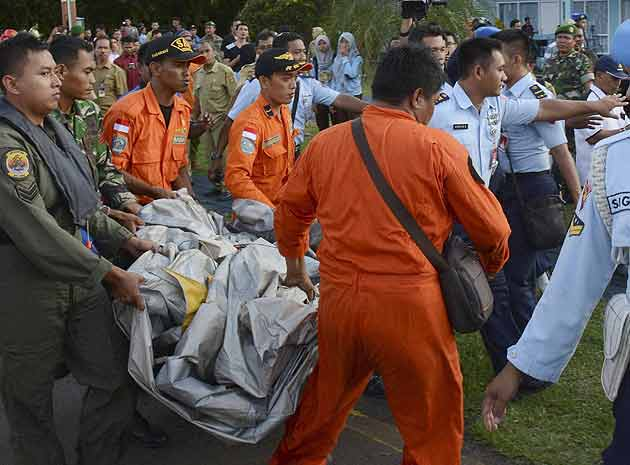 Air Asia plane missing over 40 bodies were recovered from the rubble