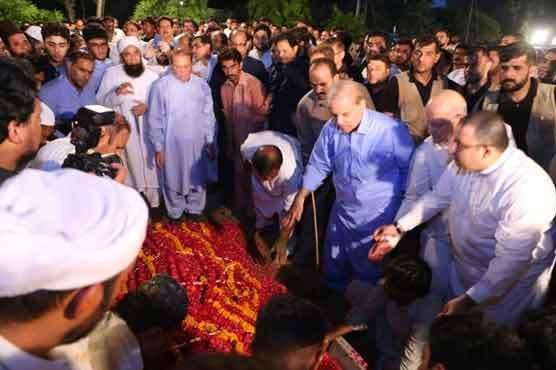 Begum Kulsoom Nawaz to be buried in Jati Umra