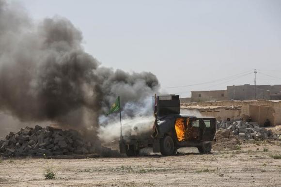 US airstrike in Tikrit on Islamic State