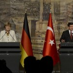 German Chancellor Angela Merkel and Turkish Prime Minister Ahmet Davutoğlu between met in Istanbul