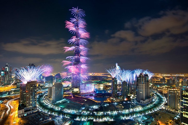Fireworks to welcome the Year of the Burj Khalifa lights will be left on top of Sparkles