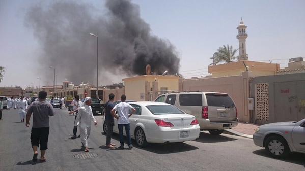 Saudi Arabian city of Dammam mosque suicide attack kills 4