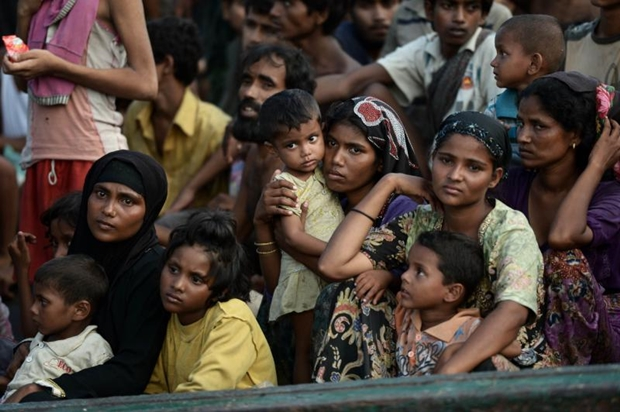 Rohingya migrants at sea carried Turkey to accelerate the rescue operation