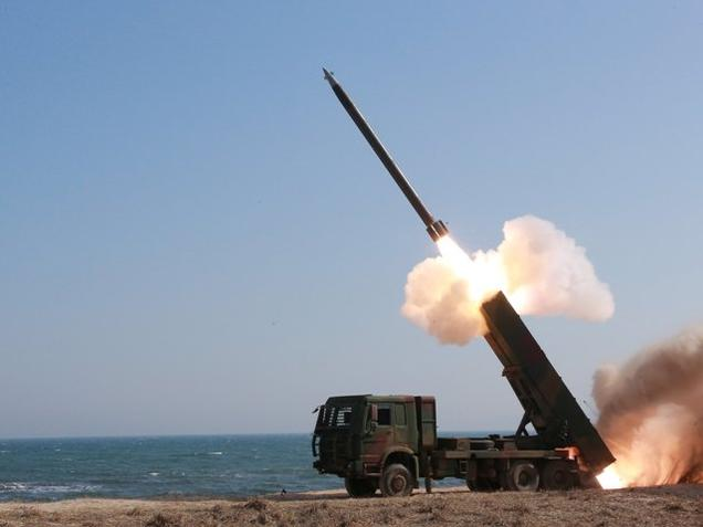North Korea fired more missiles or rockets to the sea short-range