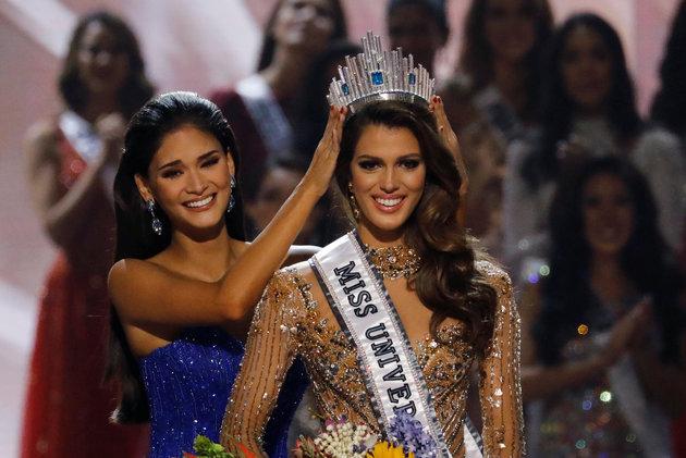 Miss France Iris Mittenaere wins Miss Universe crown