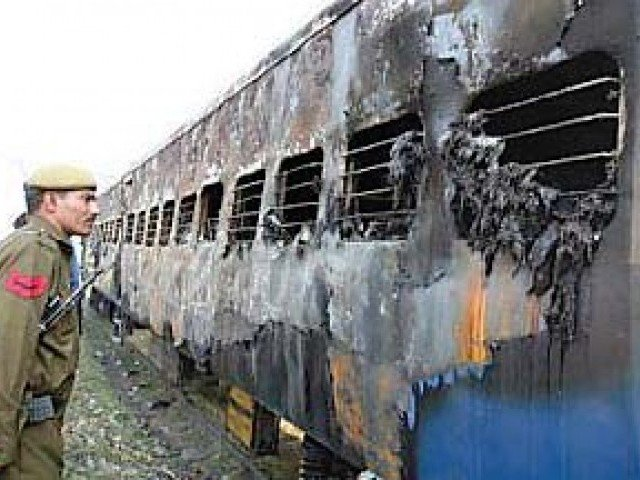 On February 2007, 68 people were killed in a blast in Samjhauta Express near Attari