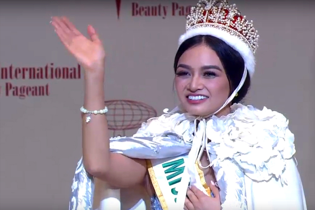 Miss Philippines beauty queen Kylie Verzosa