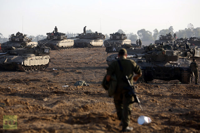 Israeli military occupation of the Palestinian enclave in the north and south sides of the city from the Gaza Strip pounded enter
