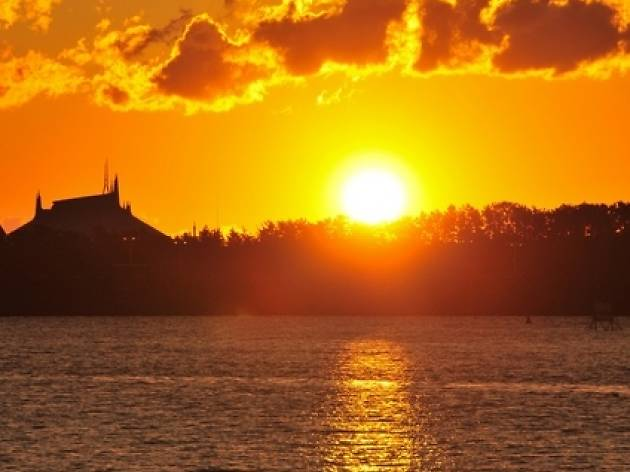 According to experts, the first sunset will take effect on February 15, second July 13 and third on August 11