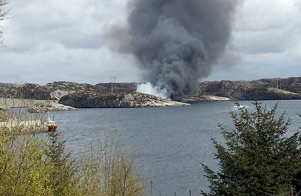 Helicopter crashes in Norway, killing 11 passengers