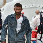 Rescue operation for sinking immigrants will not, UK