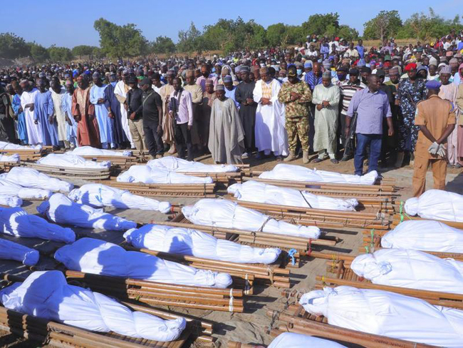 At least 43 people have been beheaded by gunmen in the village of Kwashebe in Nigeria's Borno state.