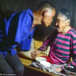 48-year-old Chen Xinyin cooking her teeth down his mother present.